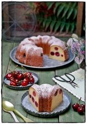BUNDT CAKE CON CEREZAS
