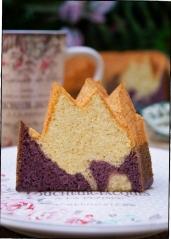 BUNDT CAKE DE VAINILLA Y MORAS