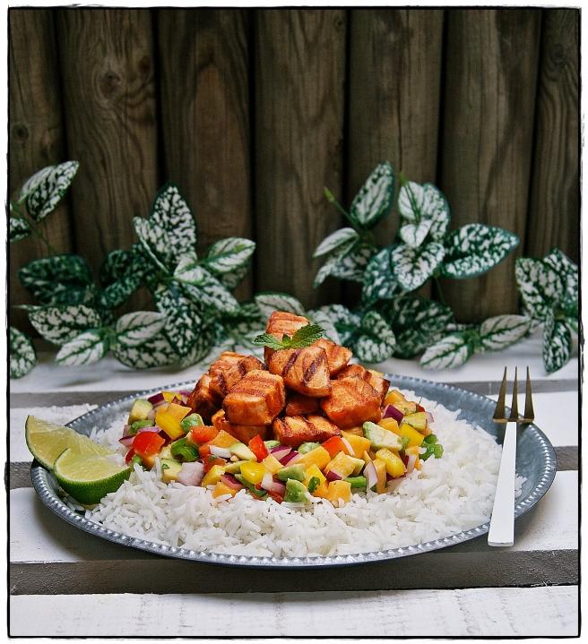 salmón a la plancha con vinagreta de mango y arroz al coco 4.JPG