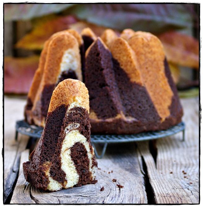 BUDNT CAKE BICOLOR CON NUTELLA 3.JPG