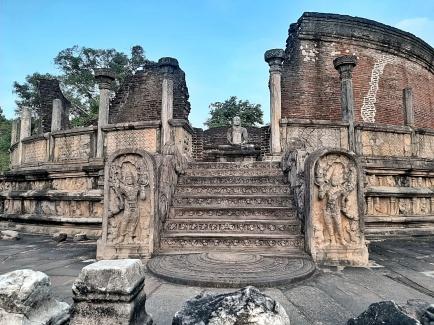SRI LANKA (Polonnaruwa) Febrero 2020